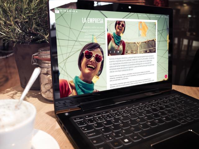 Pagina web  Dinamika Prducciones por Movidagrafica Colombia